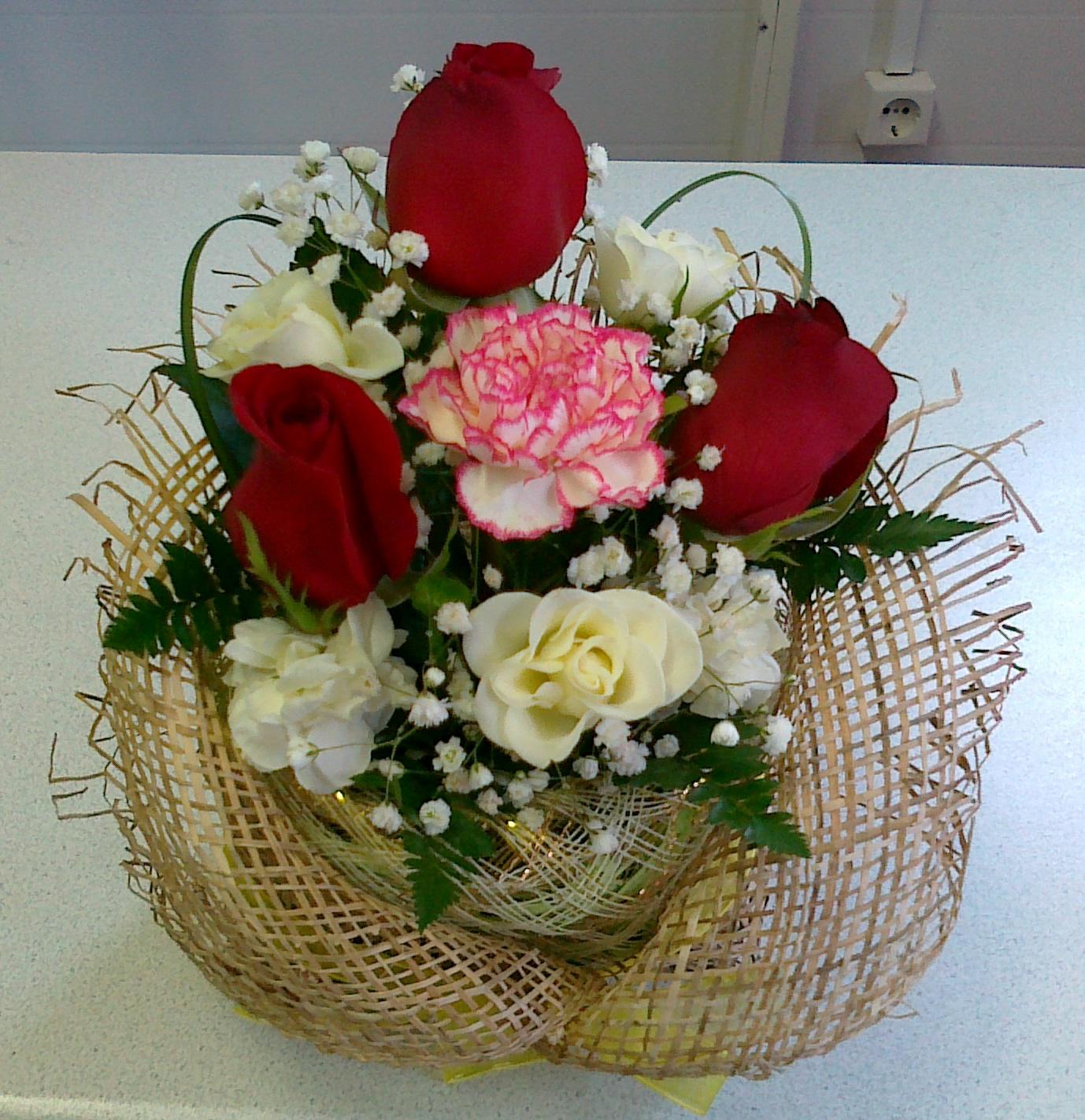 Композиции с цветов в фото