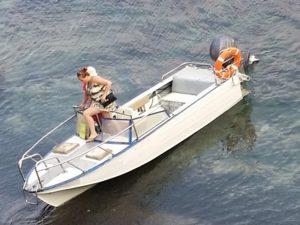 катер, лодка