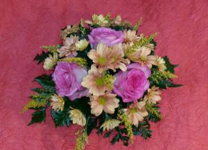 круглая цветочная композиция, из живых цветов